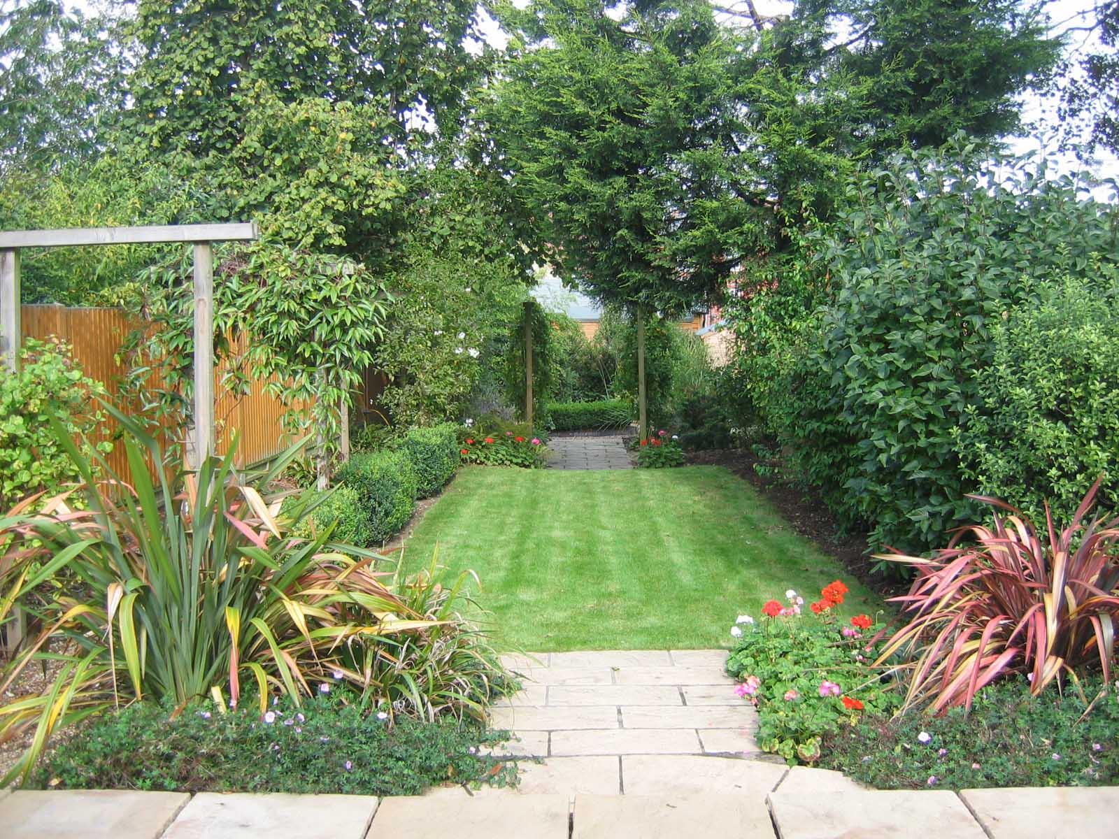 1. Jo's garden