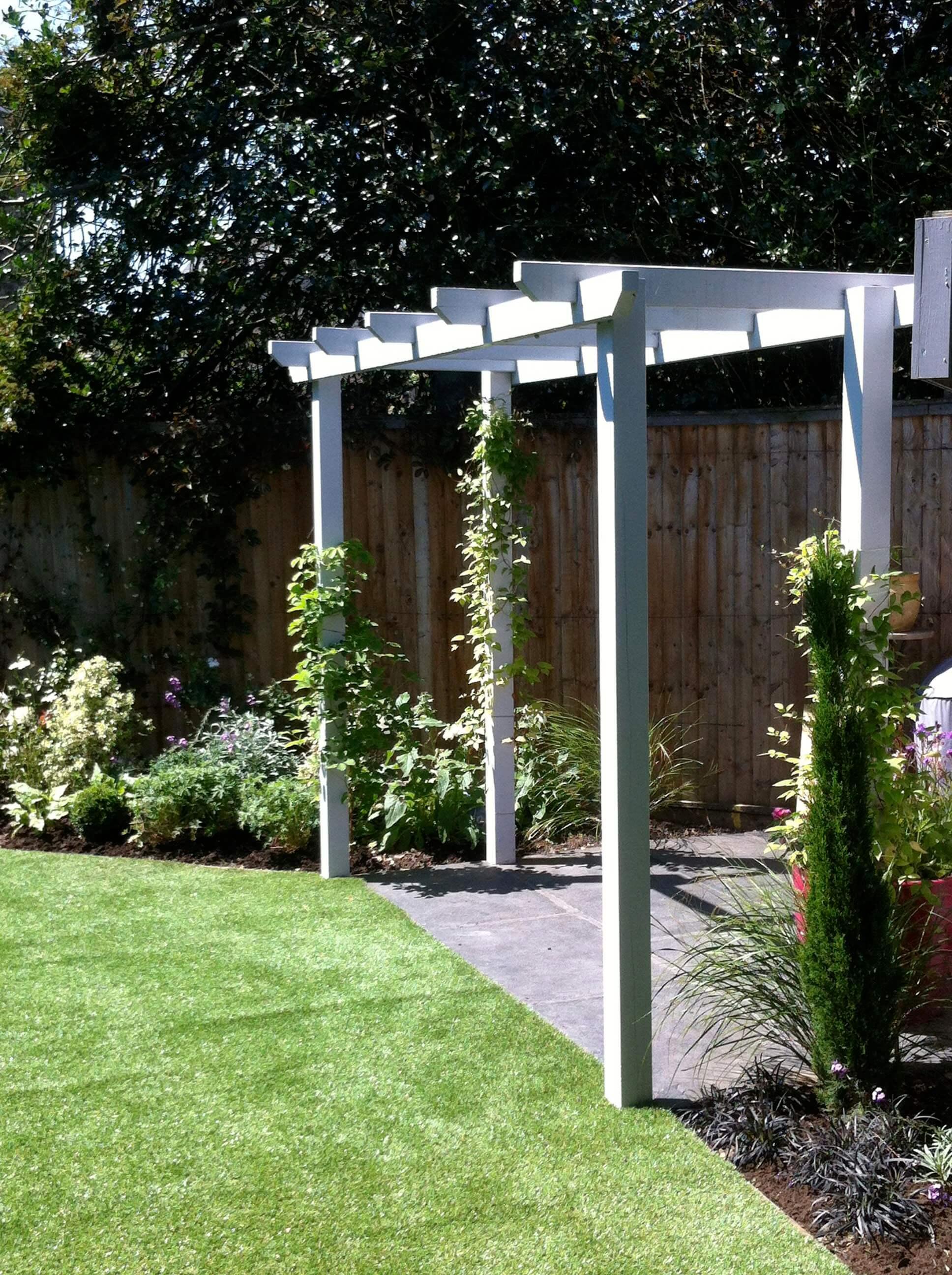 1. Pippa's family garden