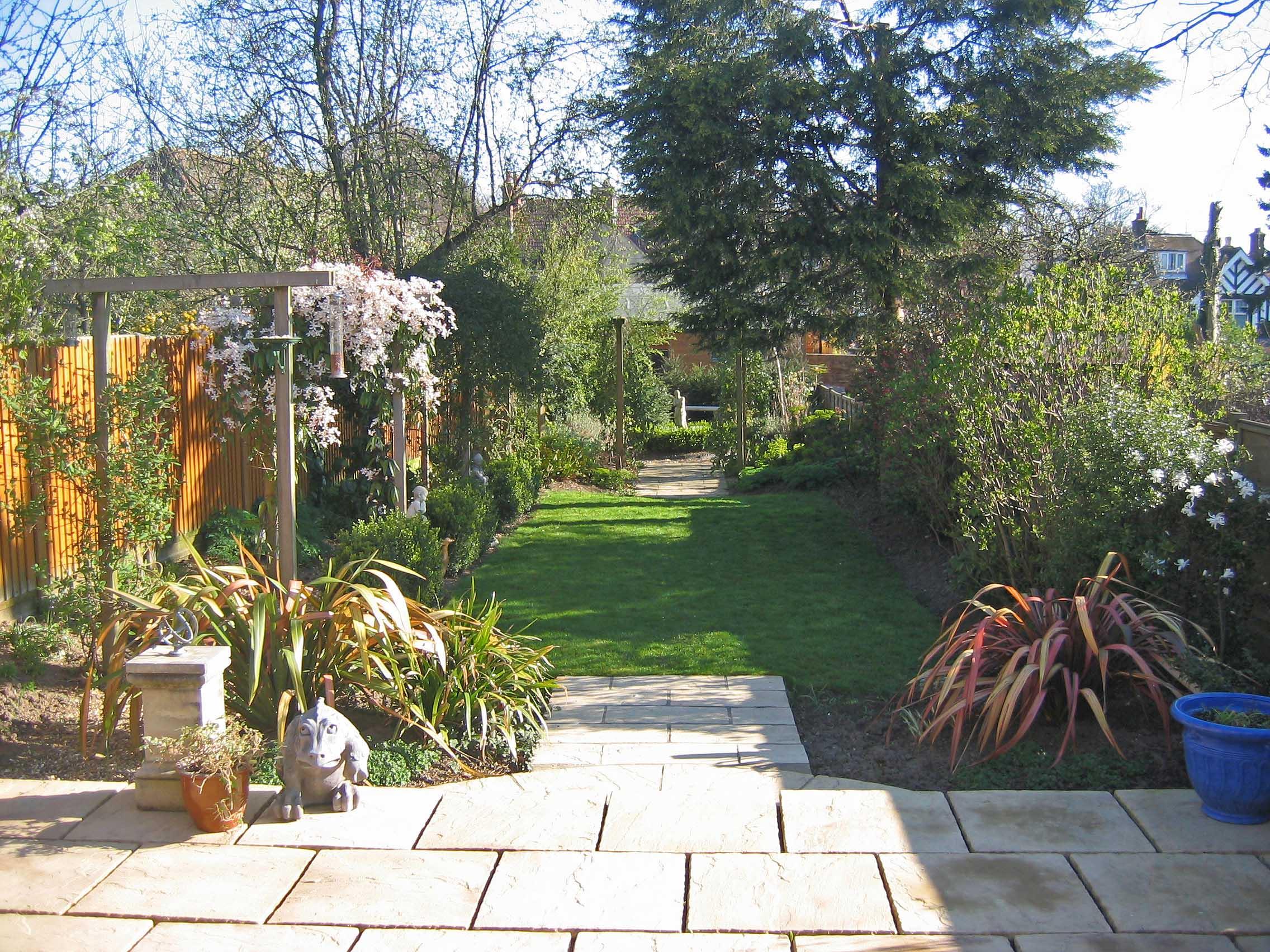 3. Jo's garden